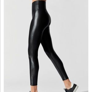 Carbon38 Liquid Leggings